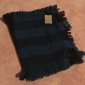 NWT authentic Burberry half mega fringe scarf